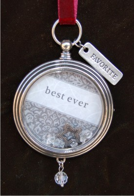 Best Ever Keepsake Locket for Friends & Family Frame Christmas Ornament
