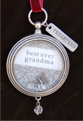Best Ever Grandma Keepsake Locket Frame Christmas Ornament