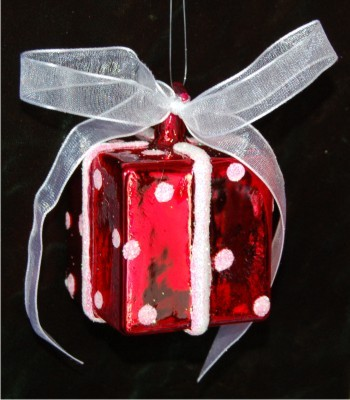 Elegant Package Holiday Red Glass