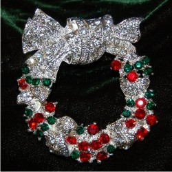 Christmas Brooch - Wreath